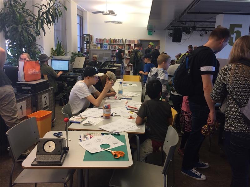 3D廠商在Library 10舉辦體驗活動吸引民眾參與