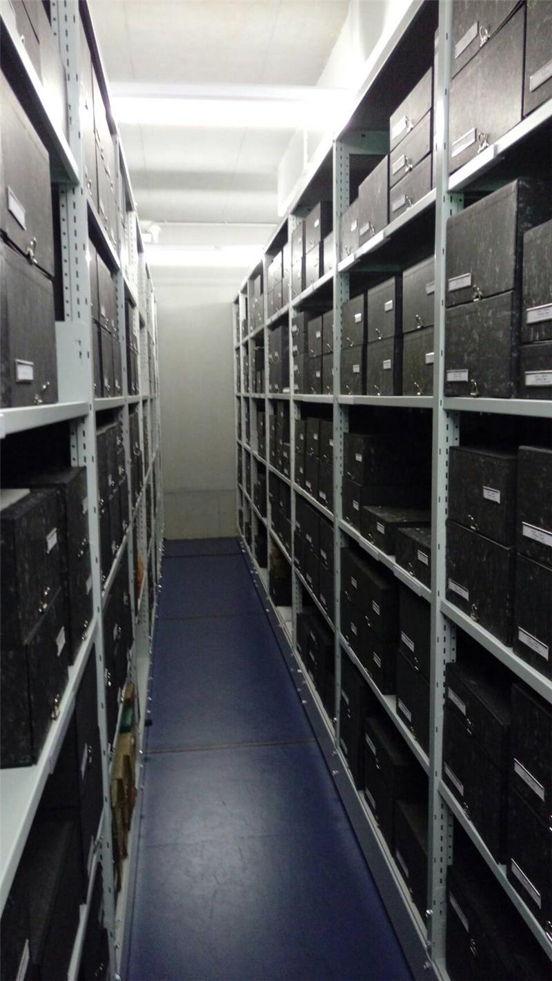 特藏書庫藏有德國流亡檔案以及移民的資料