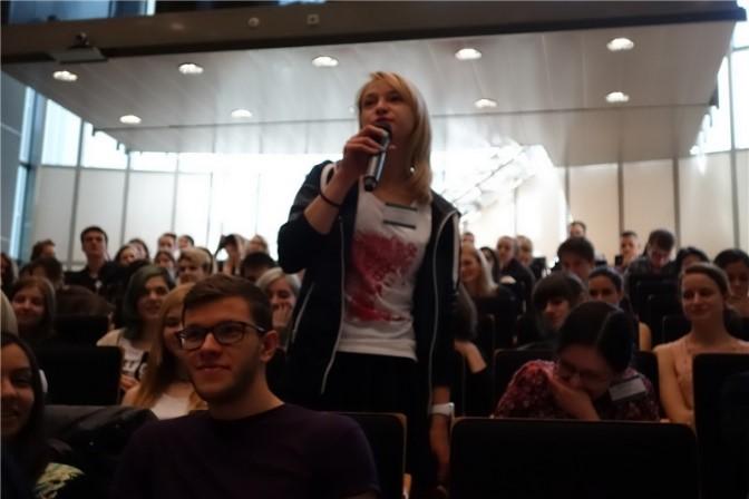 Participants raise questions