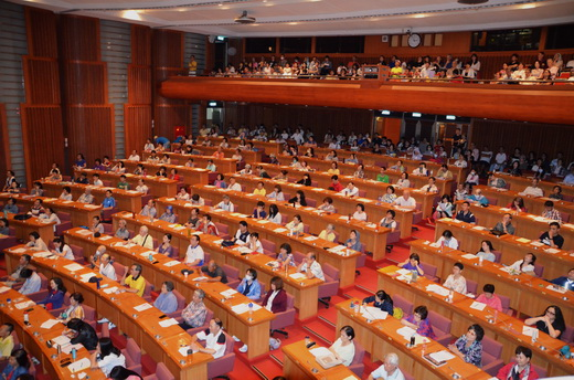 現場座無虛席,民眾出席踴躍