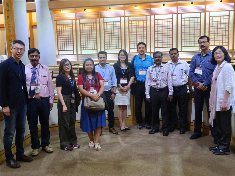 """2019.7.11 The 11-person """"2019 International Conference on Library and Information Science delegation"""" visited NCL"""
