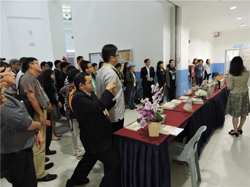主題書展 馬華文學與台灣 導覽吸引各界參觀