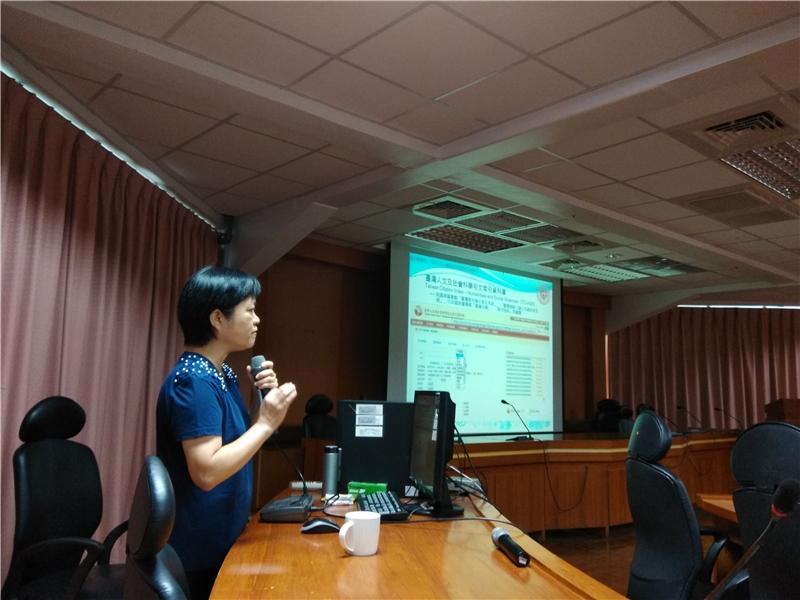 圖1洪淑芬編輯主講國家圖書館電子資源利用及遠距學園實務
