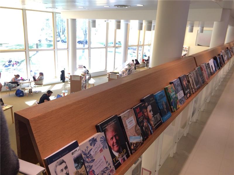 Töölö 圖書館閱覽空間