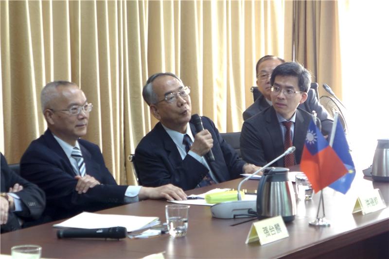 圖 4 - 吳福成副主任(台灣經濟研究院國家經濟發展戰略中心)