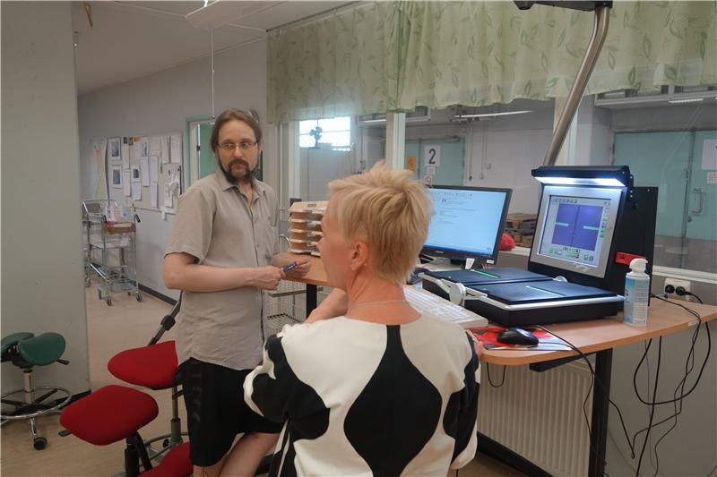 典藏館進行期刊掃描並寄送電子檔给申請館