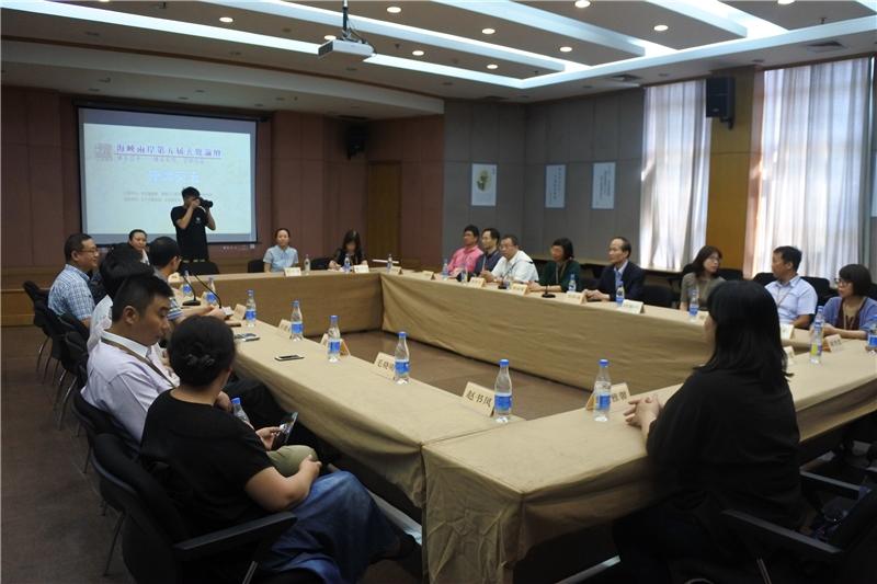 圖15:臺灣公共圖書館於徐州市博物館內進行座談交流