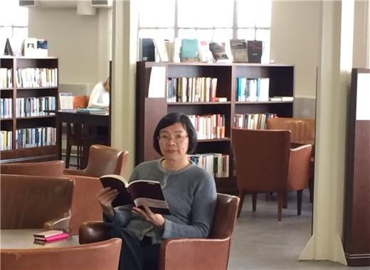 國圖曾館長於芬蘭赫爾辛基參訪多所圖書館