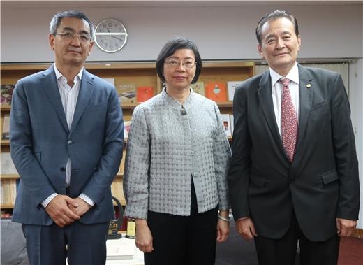 2019.01.15 蒙古前外交部長Munkh-Orgil Tsend及駐台北烏蘭巴托貿易經濟代表處代表Khaliun Panidjunai來訪