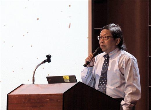 秋季講座第五場鄭仰恩教授主講「歐風遠颺 近代基督長老教會傳教士的臺灣之旅」