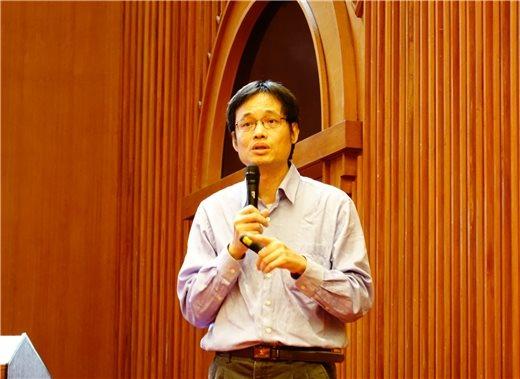 秋季講座壓軸有請洪健榮教授主講「清代臺灣官紳對於堪輿文化的反應」