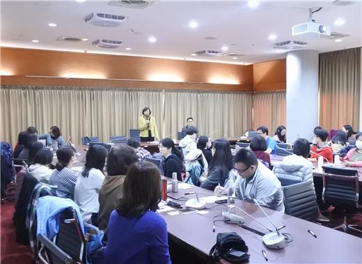 公共圖書館營運管理及創新發展系列工作坊之四-設計思考與圖書館創新服務