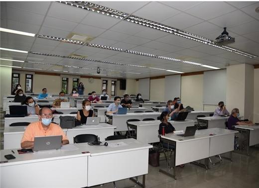 外籍獎助學人圖書館資源利用課程及在臺研究經驗分享