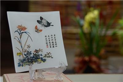 Shi Zhu Zhai Shu Hua Pu)Glass Decorative Plate/Cherish the Splendid Blossoms
